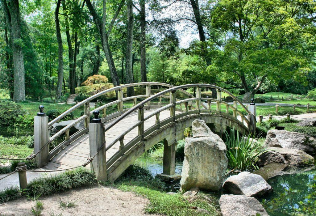 bridge-53769_1920