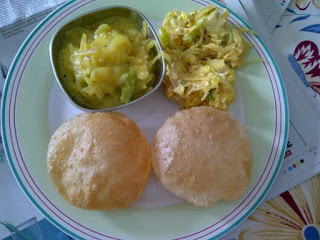 Sunday Brunch: Puri's, Alo Subzi & Khagina