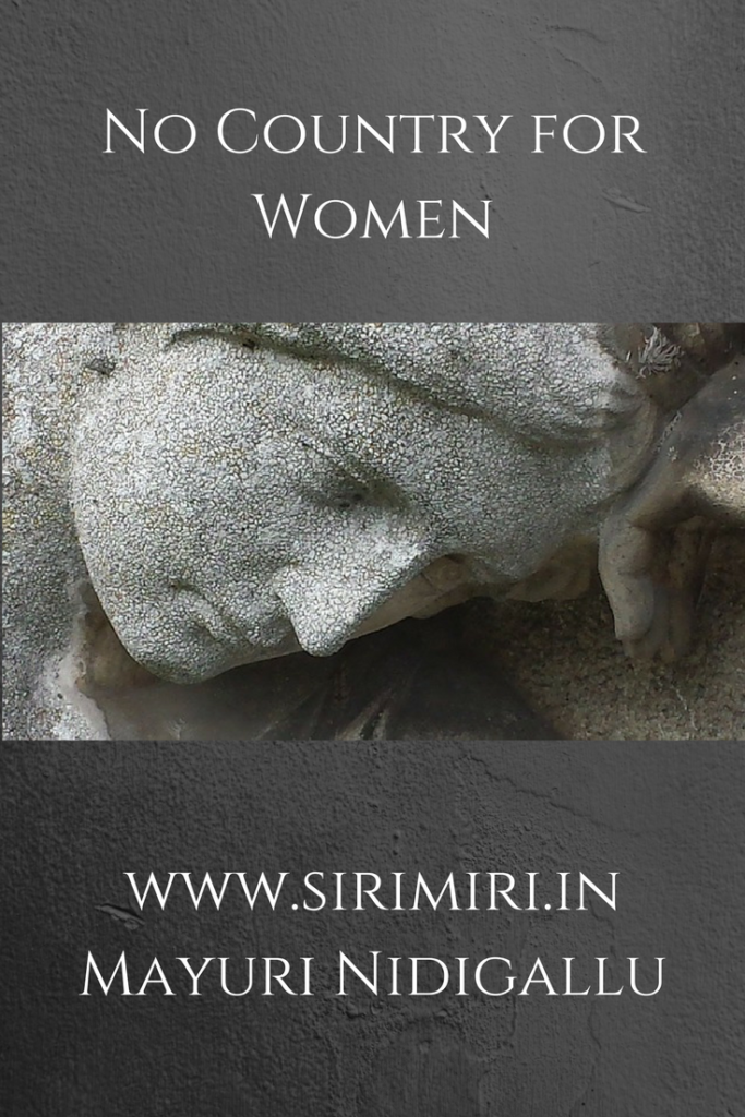 Country-Women-sirimiri