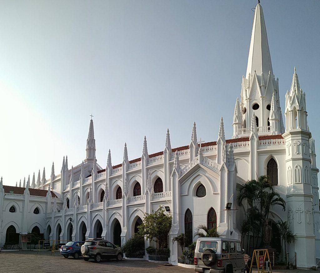 Santhome-Church-Chennai-Sirimiri
