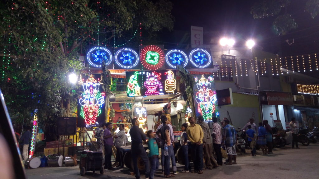 Whoa-Chennai-Sirimiri